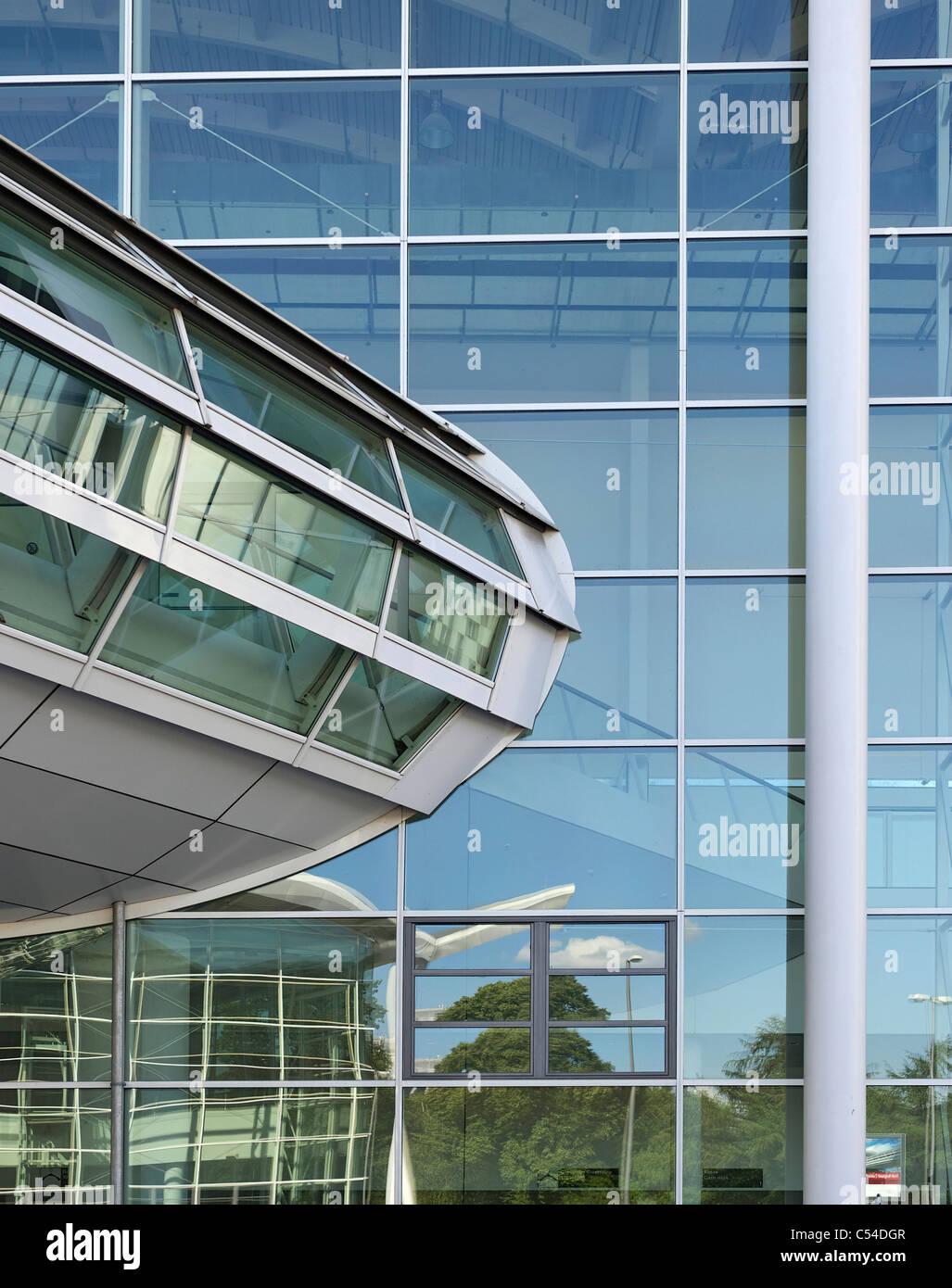 Neue Messe Ausstellungshallen, moderne Architektur, Hansestadt Stadt Hamburg, Deutschland, Europa Stockfoto