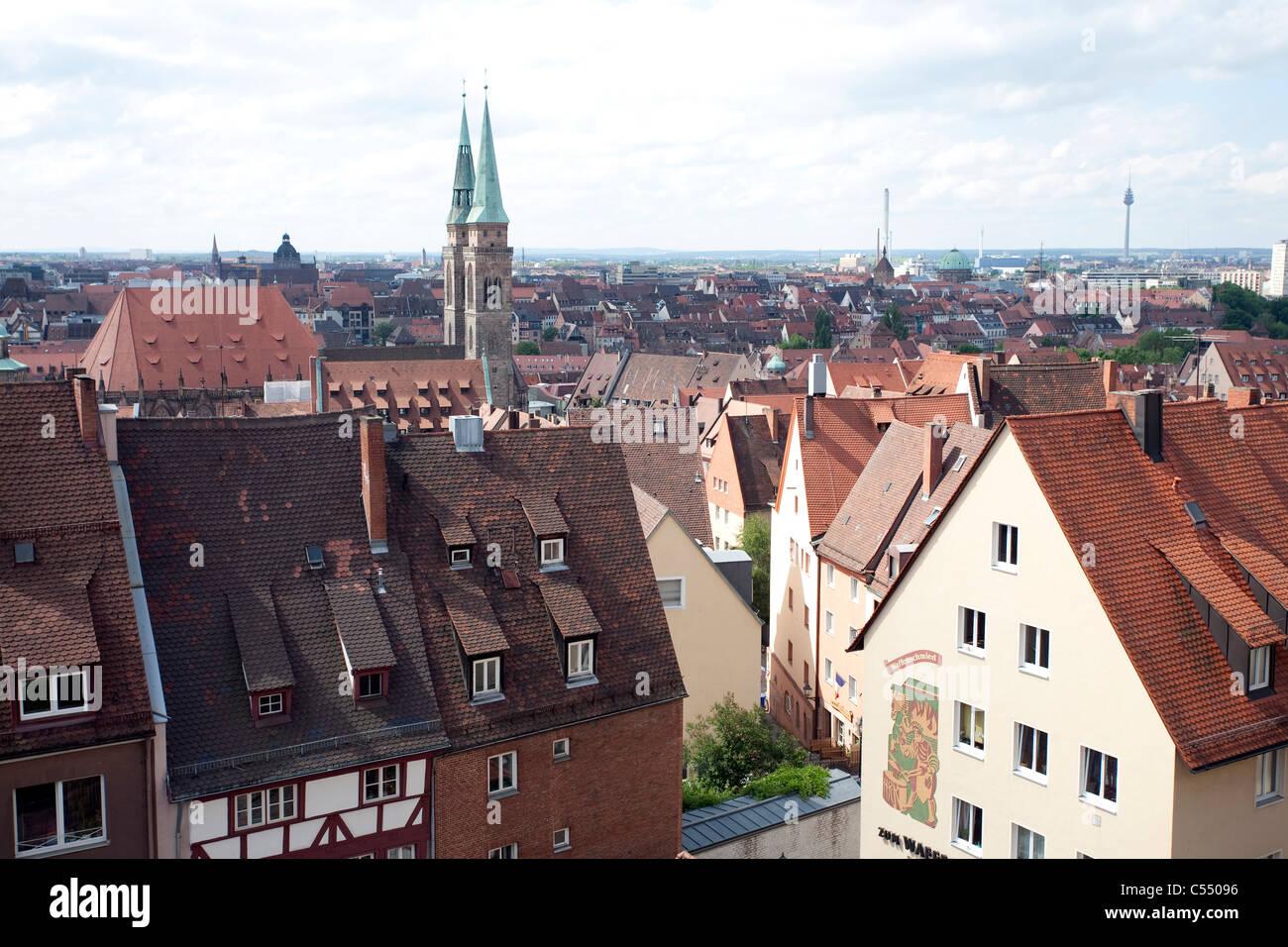 Blick von der Kaiserburg Auf Nuernbergs Altstadt, Sebalduskirche, Blick von der kaiserlichen Burg über der Stockbild