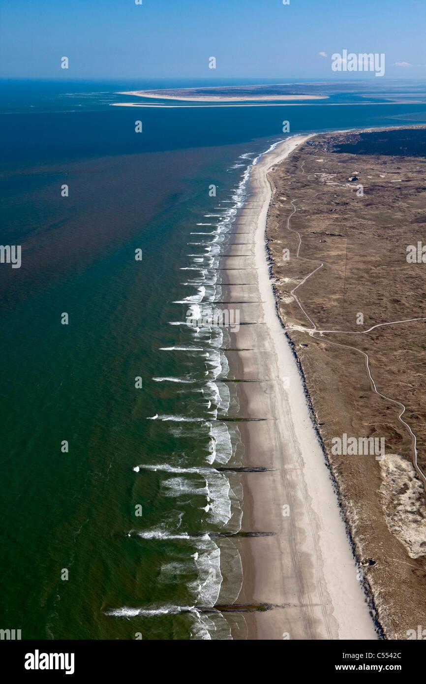 Die Insel Vlieland, Niederlande-Gruppe von Inseln genannt Wattenmeer. UNESCO-Weltkulturerbe. Luft. Wasser zu brechen. Stockbild