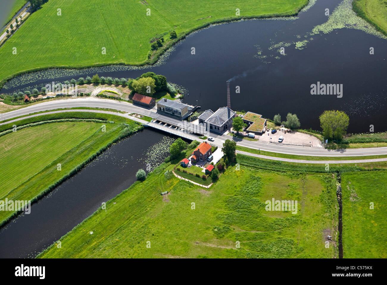 Niederlande, Genemuiden, monumentale dampfgetriebenen Pumpen-Station, genannt Mastenbroek. Konstruierten 1856. Luft. Stockbild