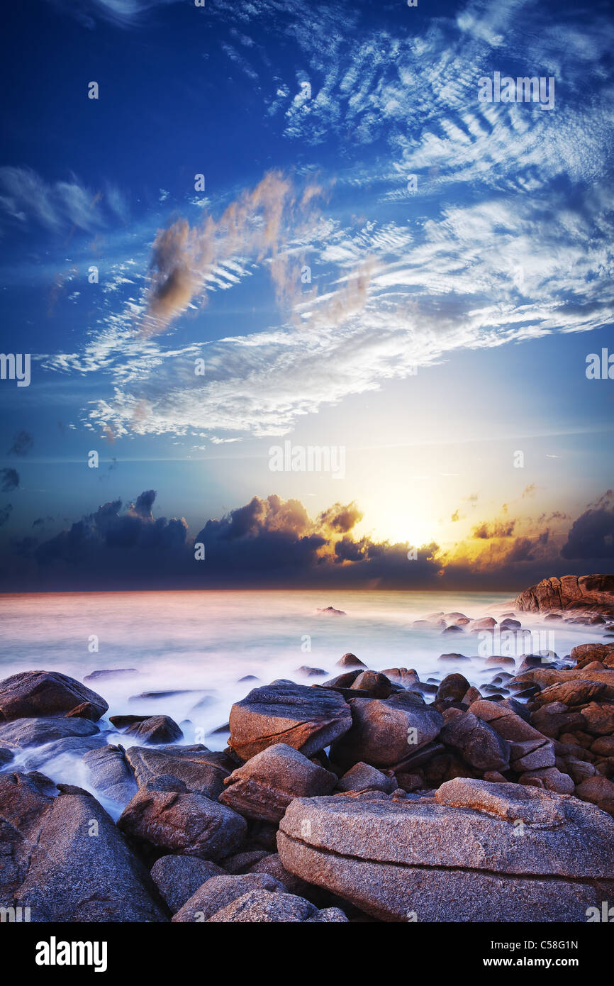 Blick auf die wunderschöne Lagune bei Sonnenuntergang. Langzeitbelichtung geschossen. Stockbild