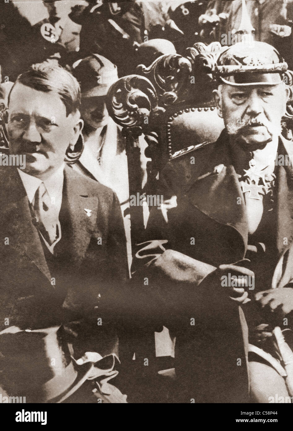Adolf Hitler und Paul von Hindenburg 1933. Stockbild