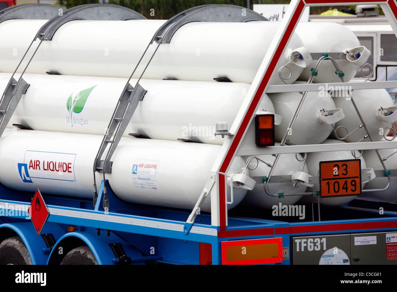 wasserstoff tanks f r die betankung von wasserstoff brennstoffzellen fahrzeuge mobile service. Black Bedroom Furniture Sets. Home Design Ideas
