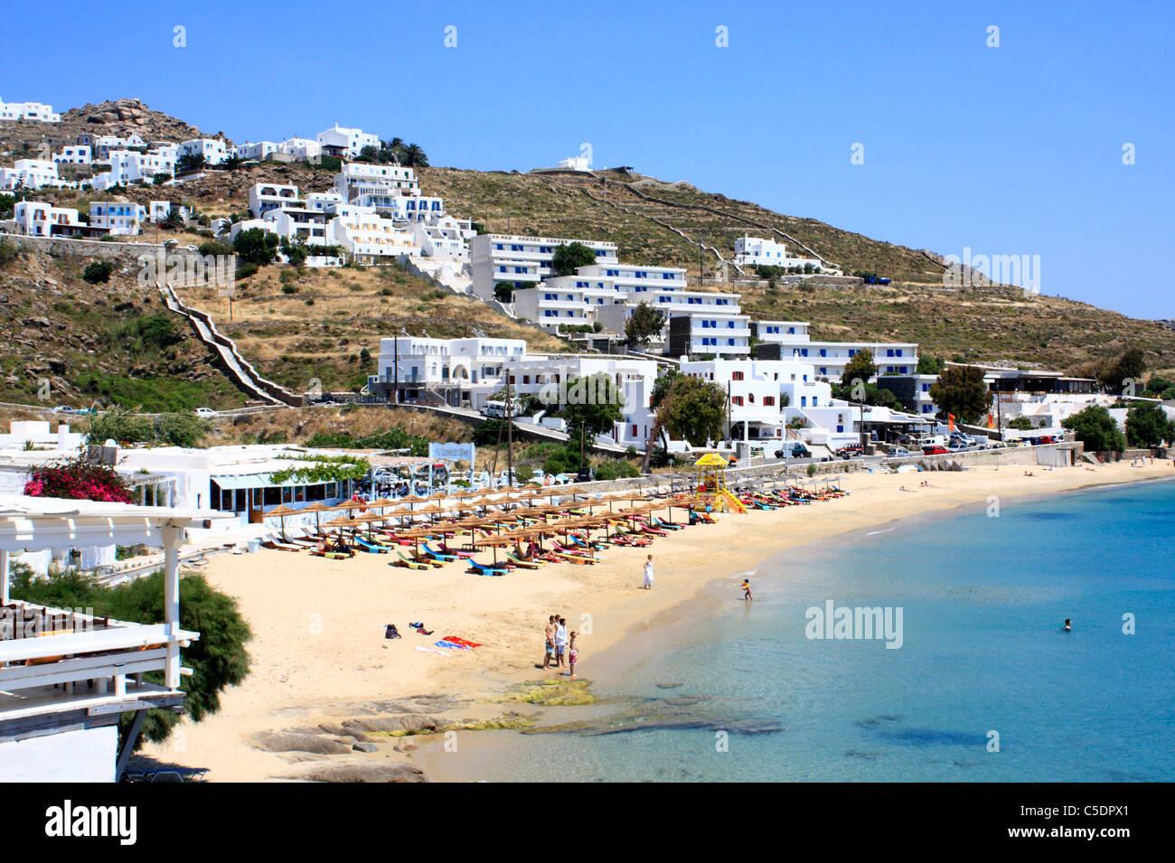 Agios Stefanos Strand Kykladeninsel Mykonos Ägäis Griechenland EU Europäische Union Europa Stockfoto