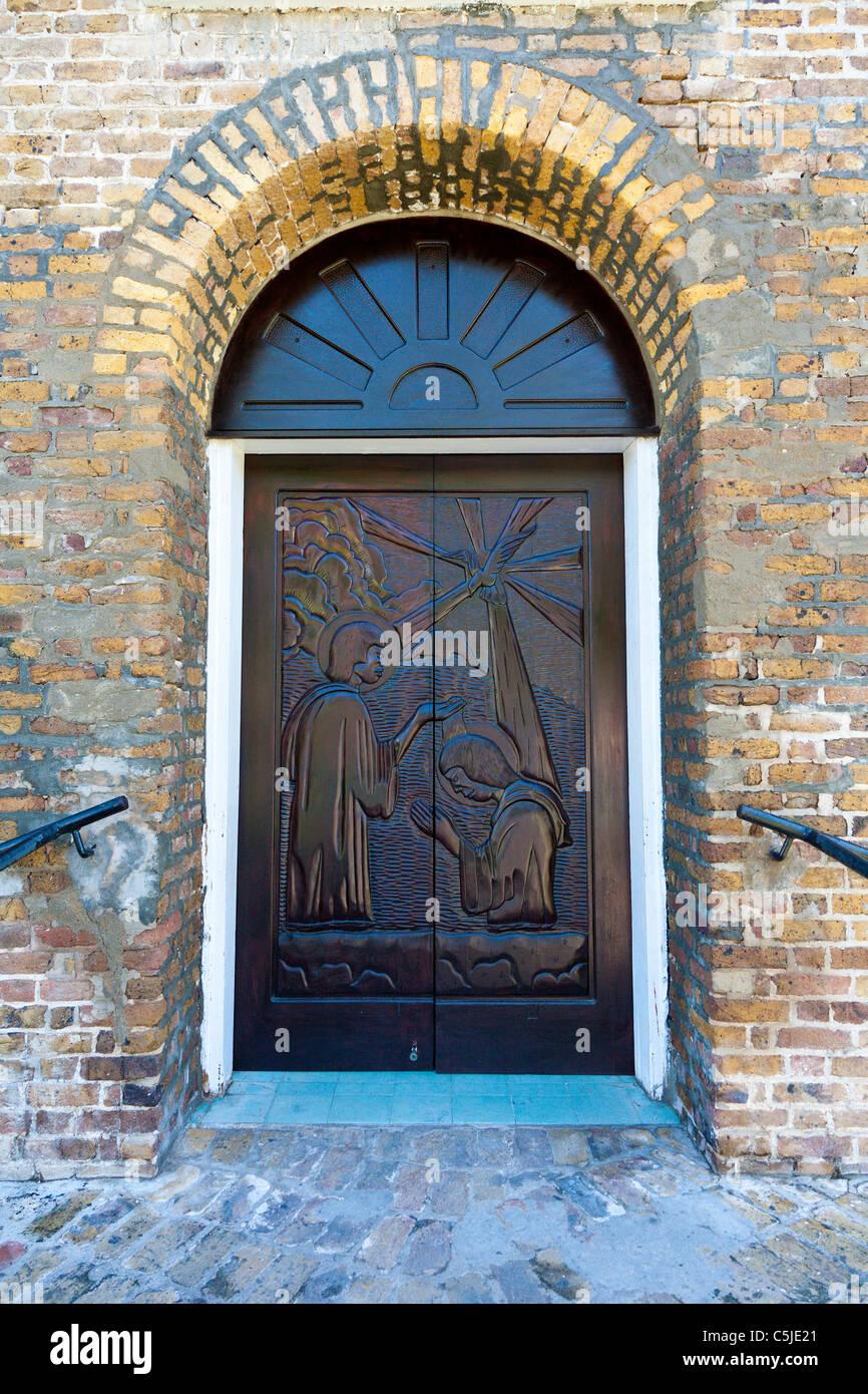 Wood Doors Stockfotos & Wood Doors Bilder - Alamy
