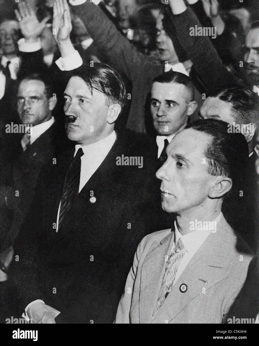Joseph Goebbels deutscher Kriegs-Minister von Propaganda mit Adolf Hitler aus dem Archiv des Pressedienstes Portrait Stockfoto