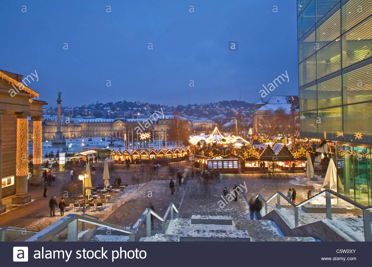 Stuttgart Weihnachtsmarkt.Deutschland Baden Wurttemberg Stuttgart Weihnachtsmarkt