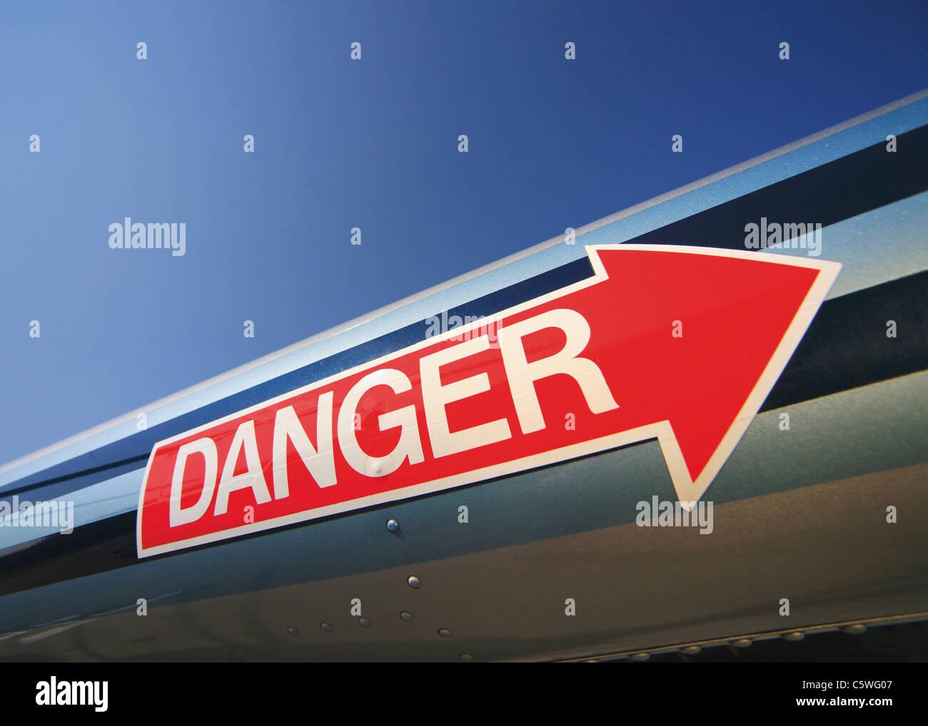 USA, roter Pfeil Etikett mit Warnschild Stockfoto