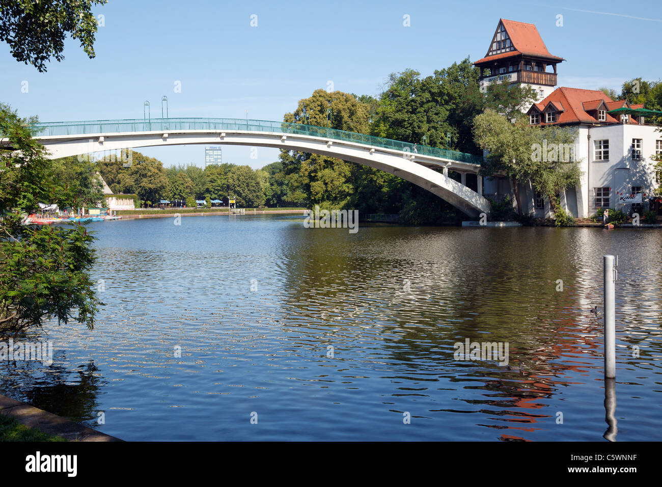Abteibrücke, Insel der Jugend, Berlin, Germany Stockbild