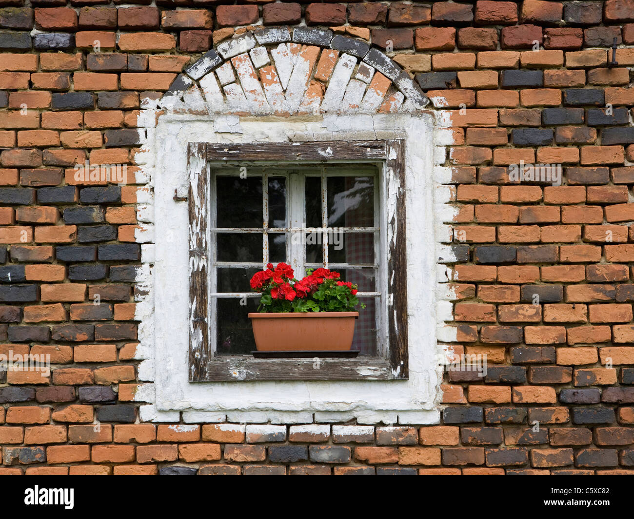 sterreich ober sterreich fenster mit blumenkasten stockfoto bild 38074402 alamy. Black Bedroom Furniture Sets. Home Design Ideas