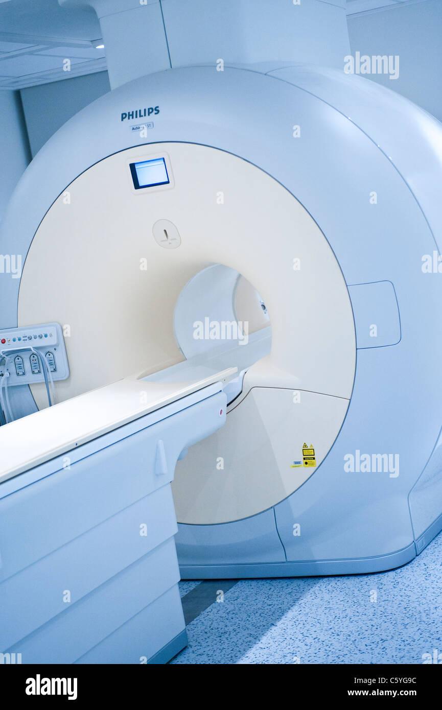 Ganzkörper MRT-Scanner Magnetresonanz-Bildgebung Stockbild