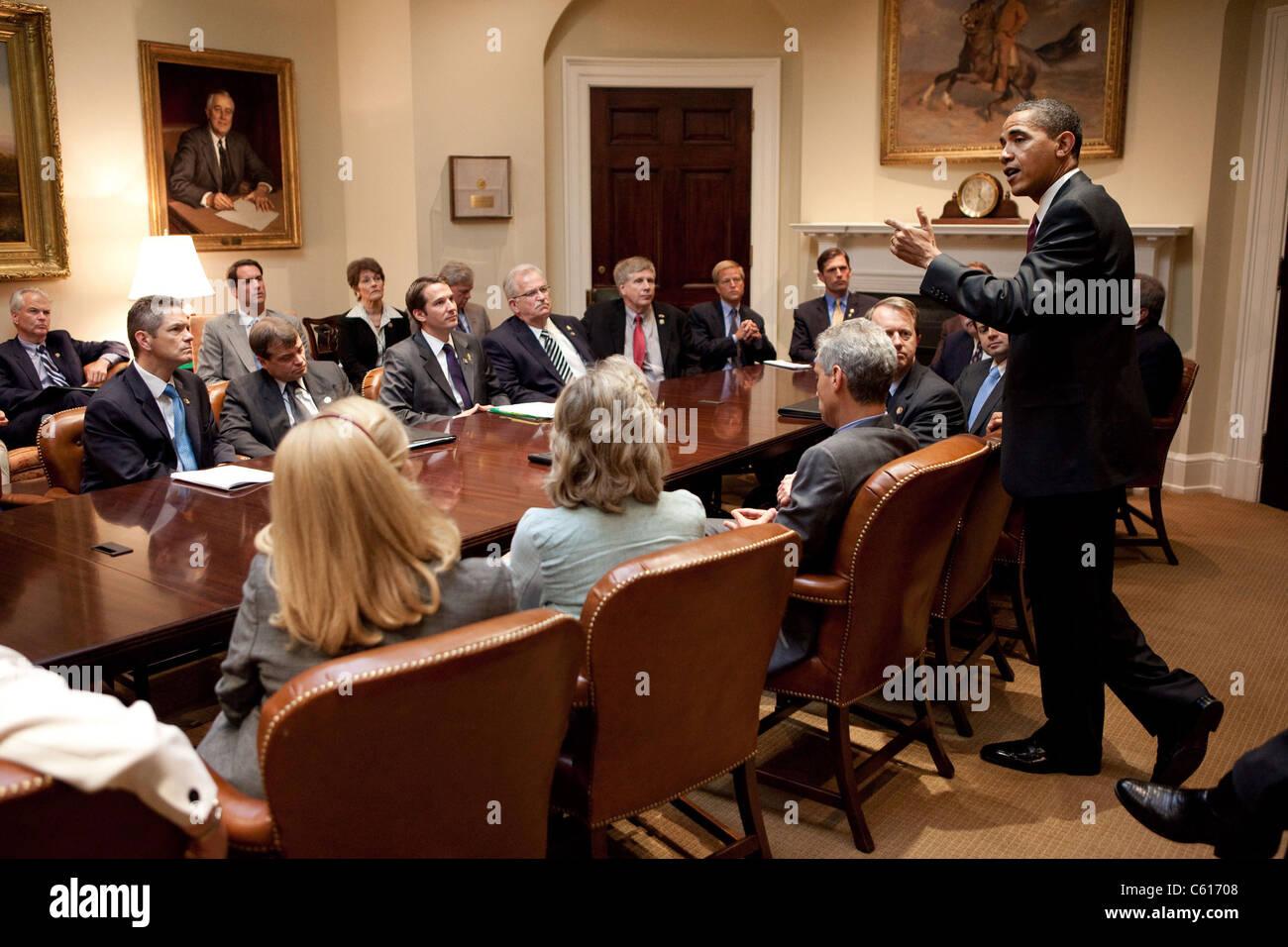 Präsident Obama auf eine parteiübergreifende Sitzung des Freshman Hausmitglieder im Weißen Haus. Stockbild