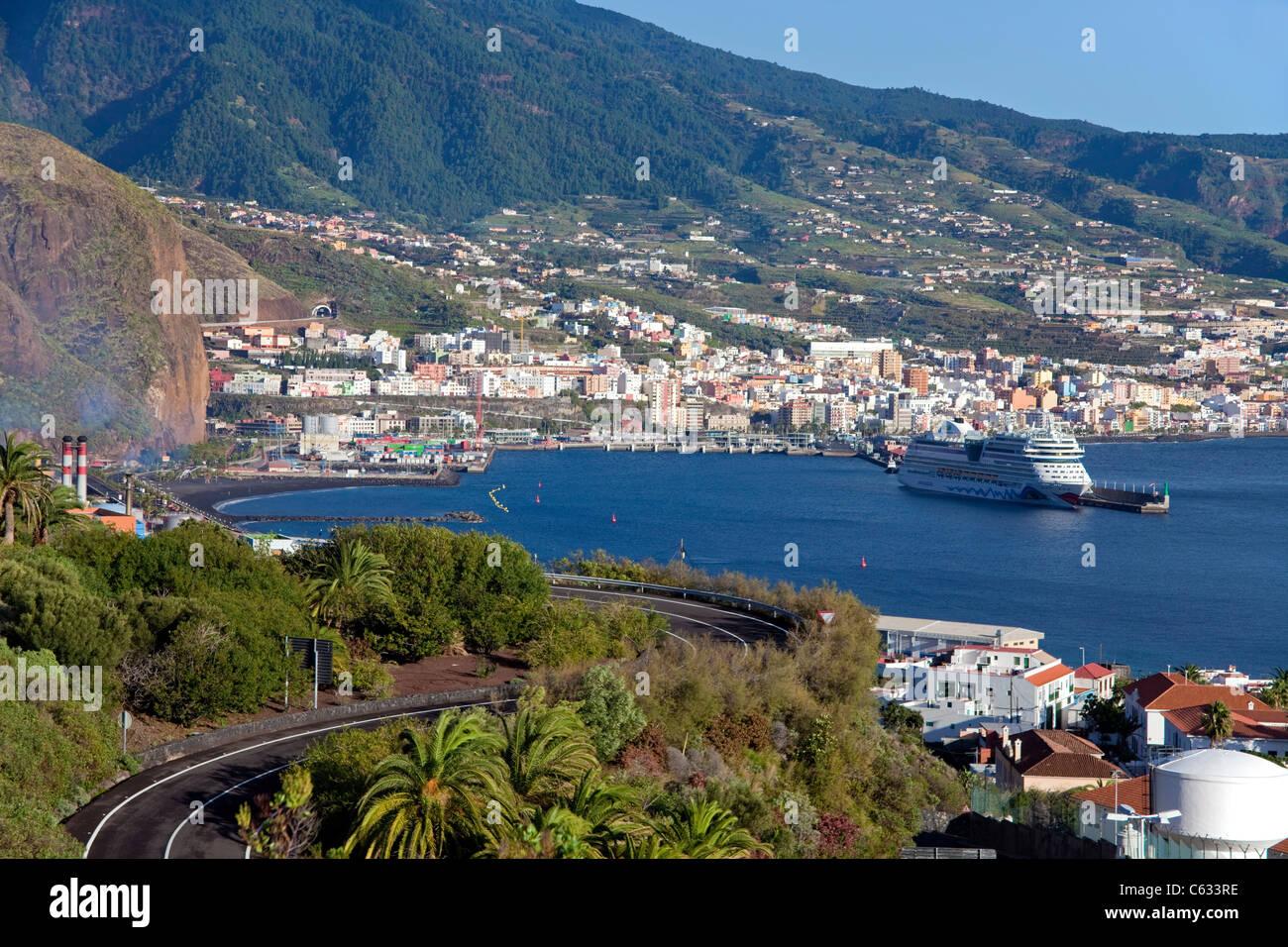Das Kreuzfahrtschiff AIDA im Hafen von Santa Cruz, La Palma, Kanarische Inseln, Spanien, Europa Stockbild
