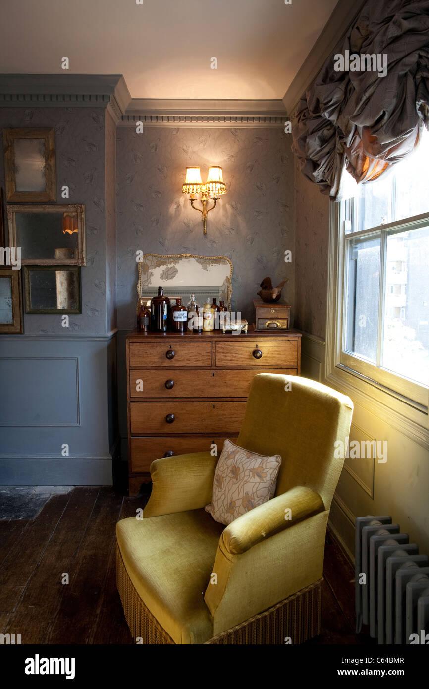 Beautiful Haus Von Hackney, Britische Haushaltswaren Und Möbel Inspiriert Von Javvy M  Royle Und Frieda Gormley