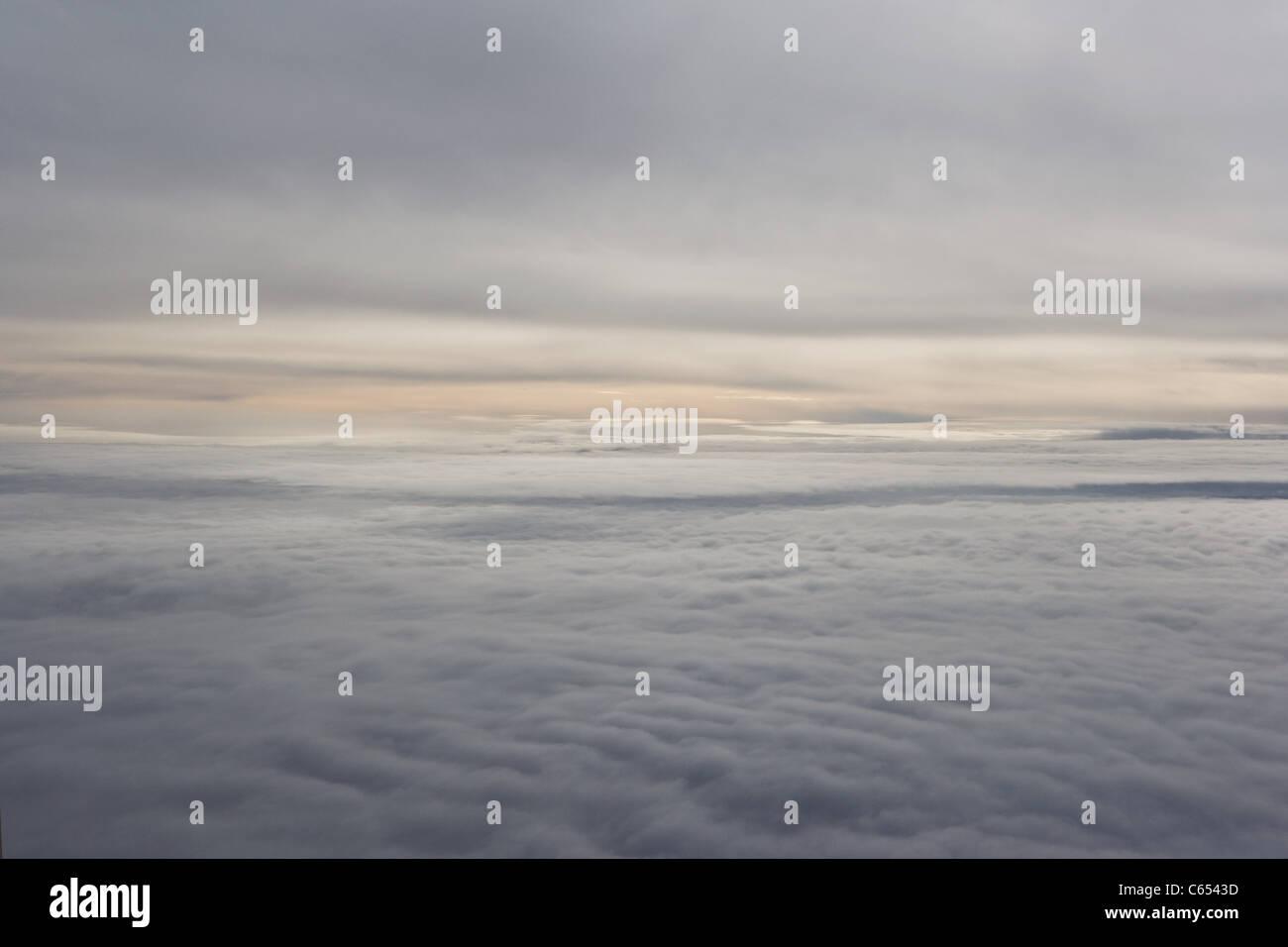 Ätherisch Wolkengebilde Stockbild