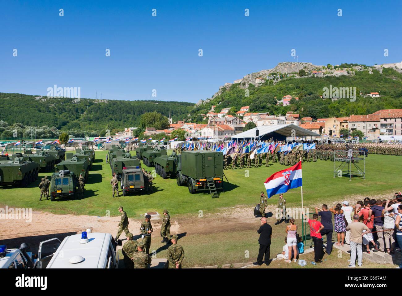 16. Jahrestag der kroatischen Armee Operation Storm in der Stadt Knin, Aug 05. 2011 Stockbild