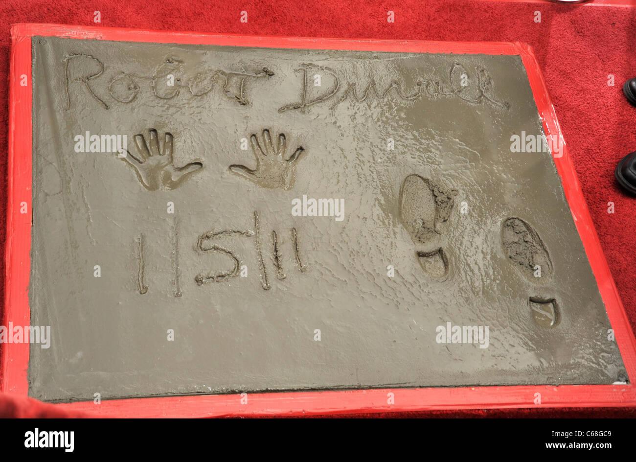handprint footprint stockfotos handprint footprint. Black Bedroom Furniture Sets. Home Design Ideas