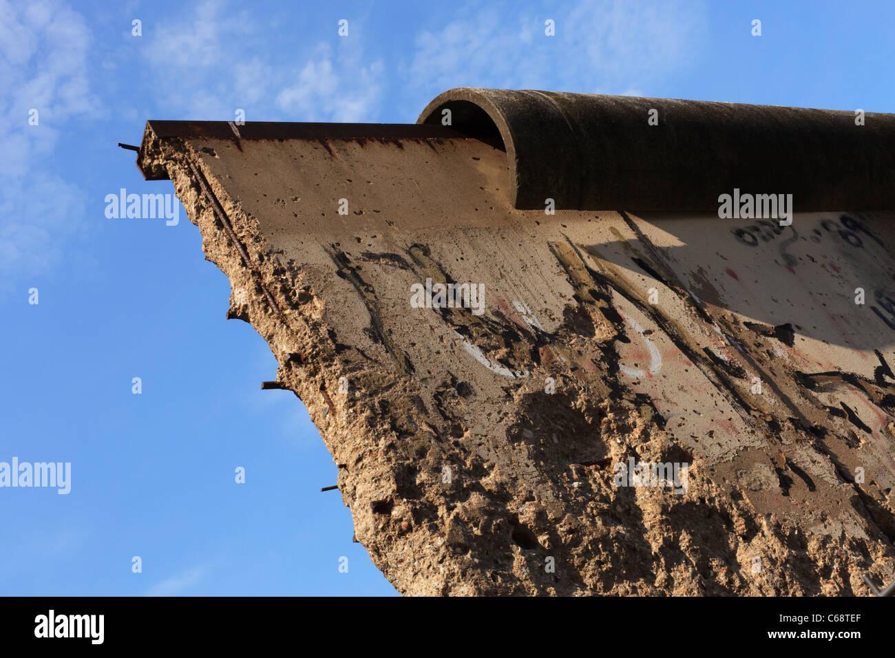 Detail der Überbleibsel der Berliner Mauer an der Niederkirchnerstraße. Stockbild