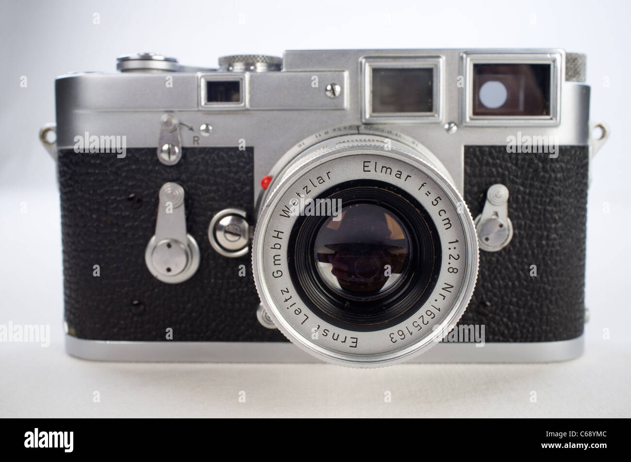 Leica Oder Zeiss Entfernungsmesser : Leica filmkamera stockfotos bilder alamy