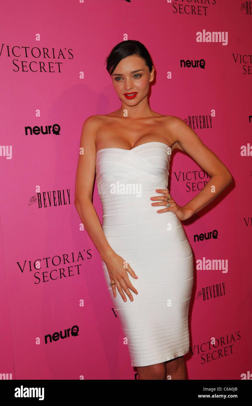 Gemütlich Victoria Secret Party Kleider Fotos - Brautkleider Ideen ...