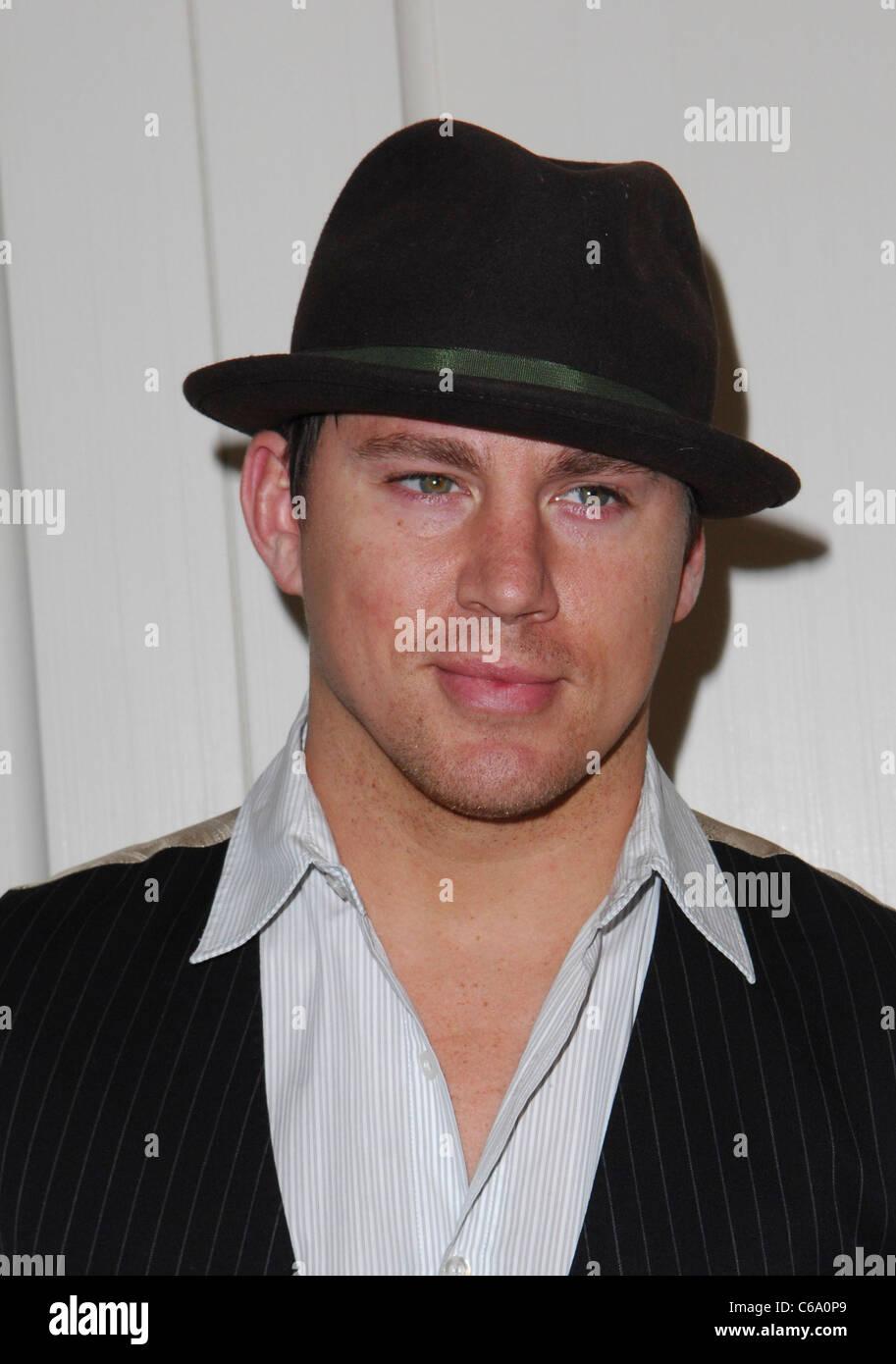 Channing Tatum im Ankunftsbereich für die Schönheit Detox Lösung Buch Launch Party, The London Hotel Stockbild