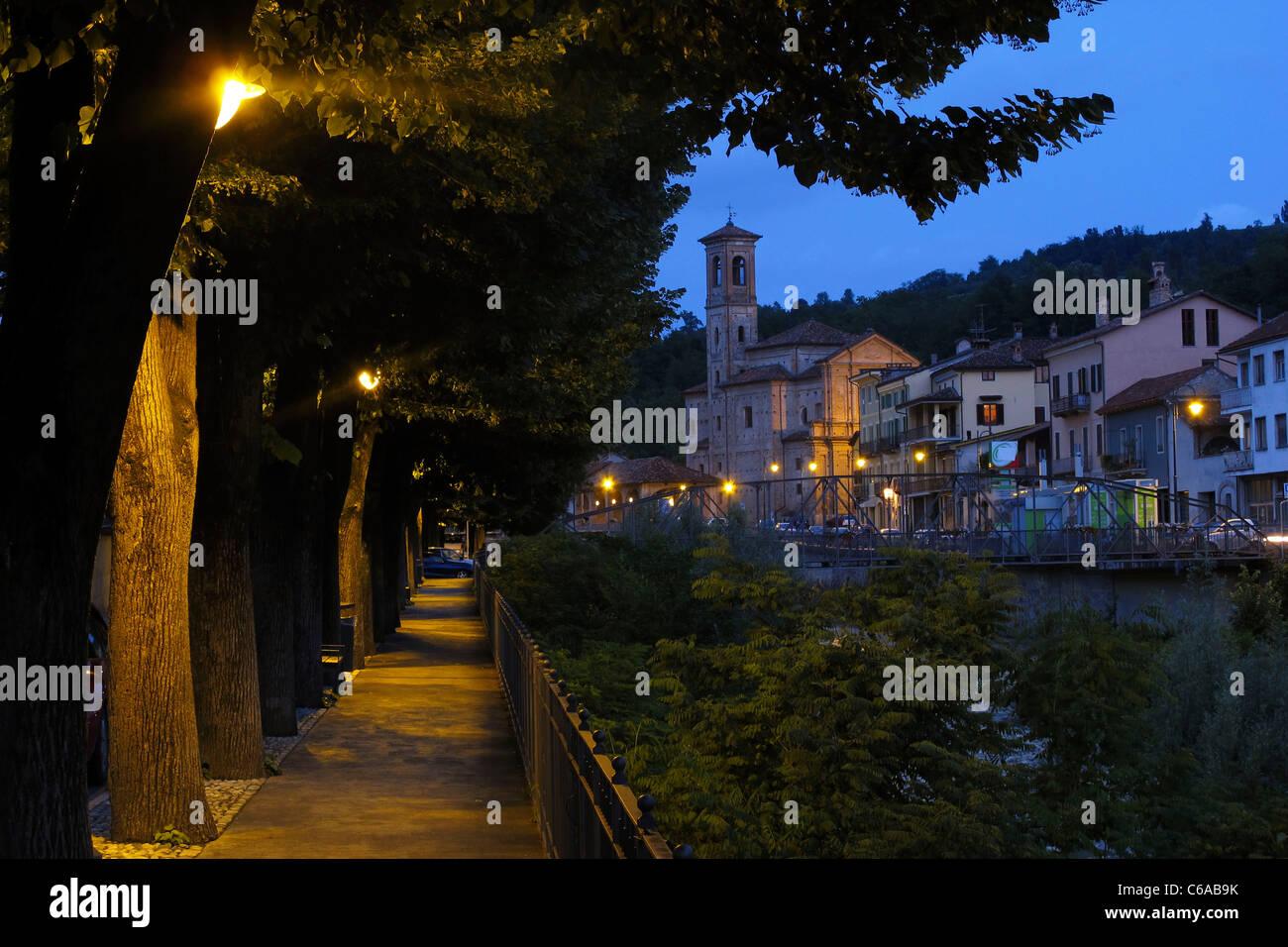 Dogliani Provinz Piemont, Italien Stockbild