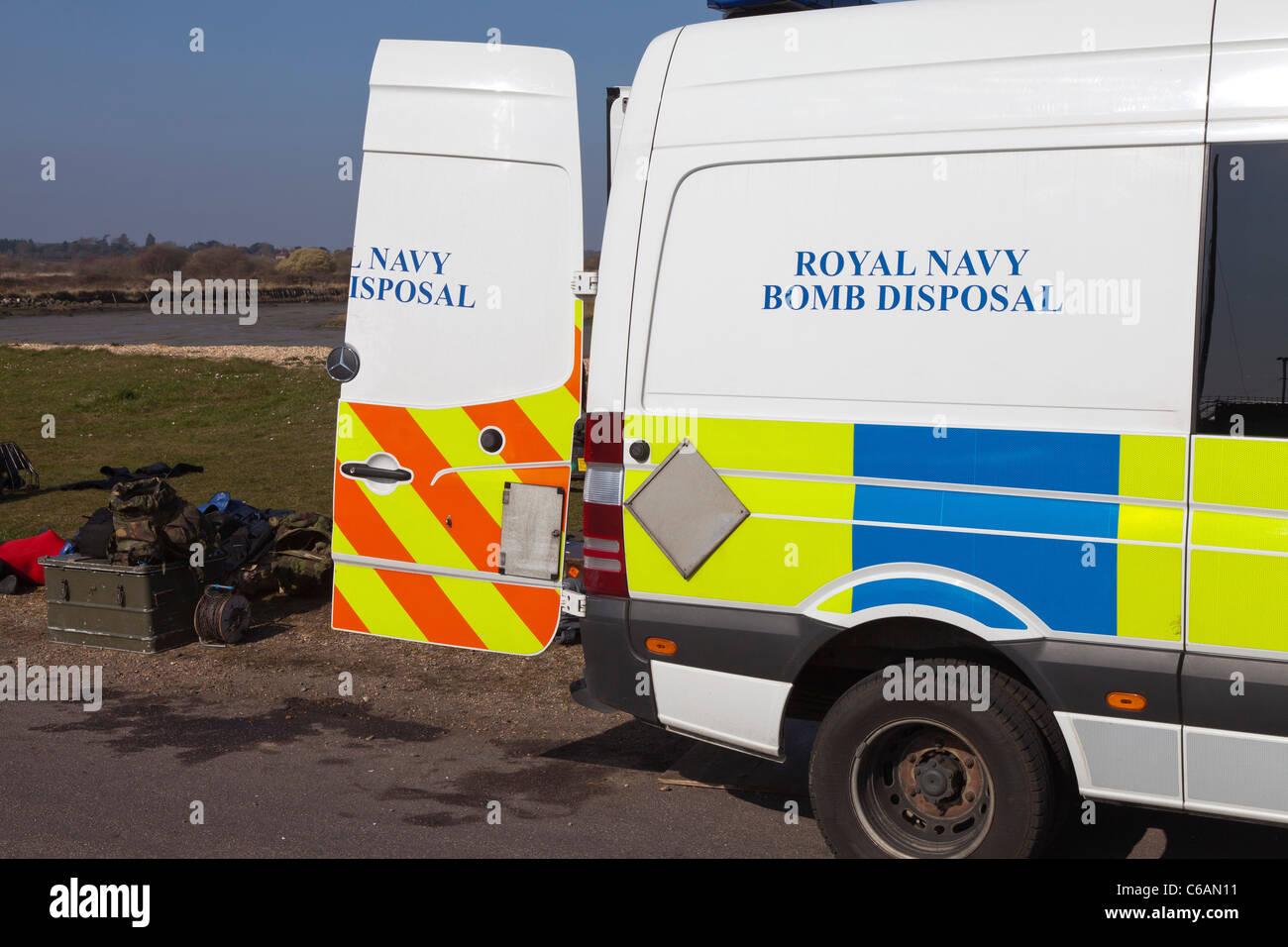 Royal Navy Bombenentschärfung Fahrzeug van Notfallmaßnahmen diffuse sichern sicher sprengen Berufsarmee Stockbild