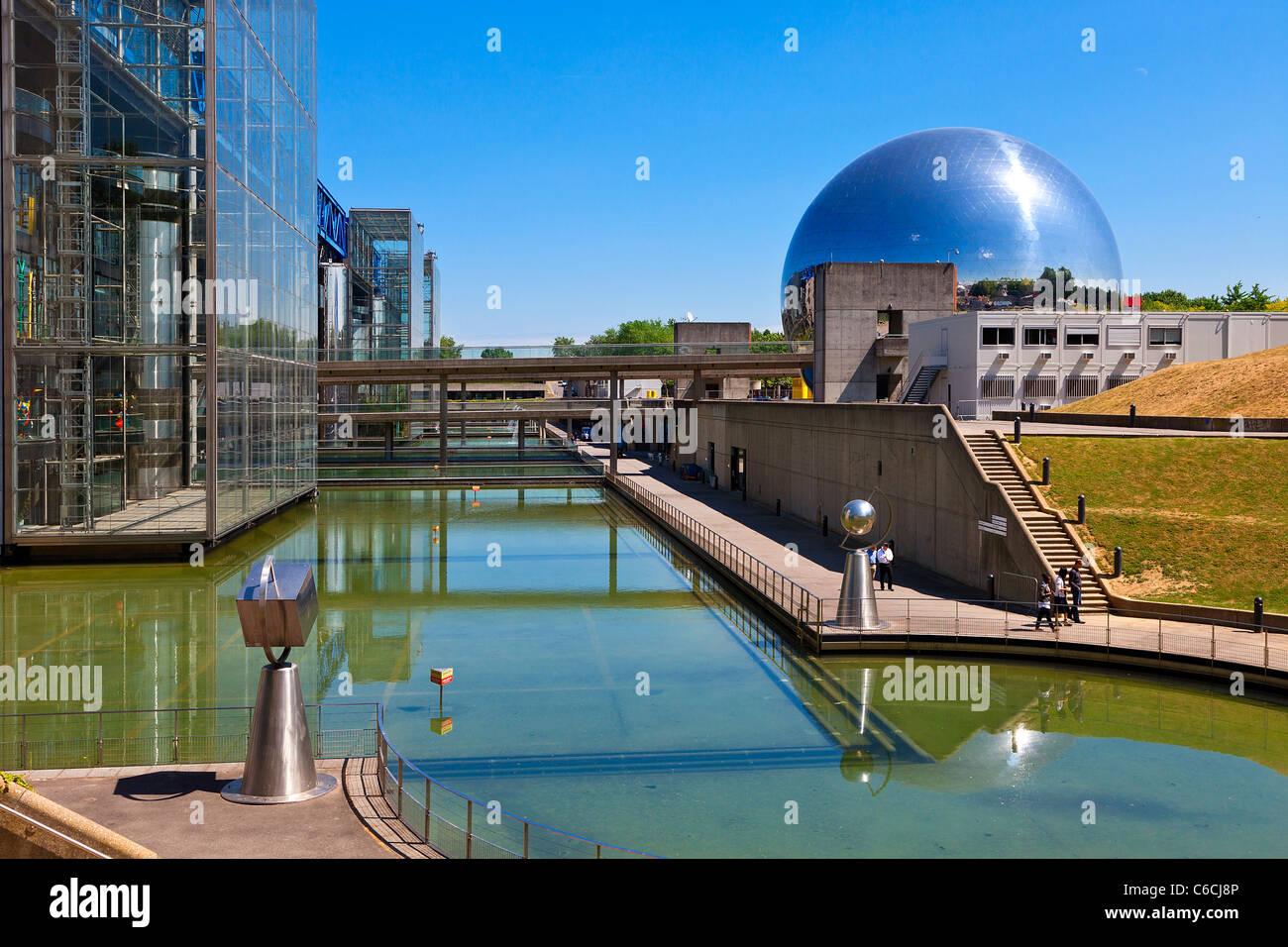 Frankreich, Paris, Geode in der Stadt der Wissenschaften und der Industrie in La Villette Park Stockbild