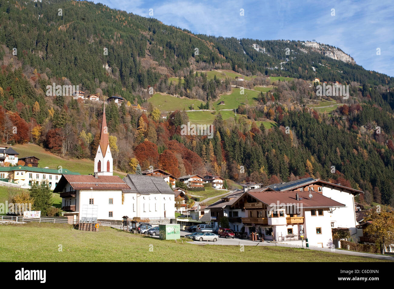 Kirche in Finkenberg, Zillertal, Tirol, Österreich, Europa Stockbild
