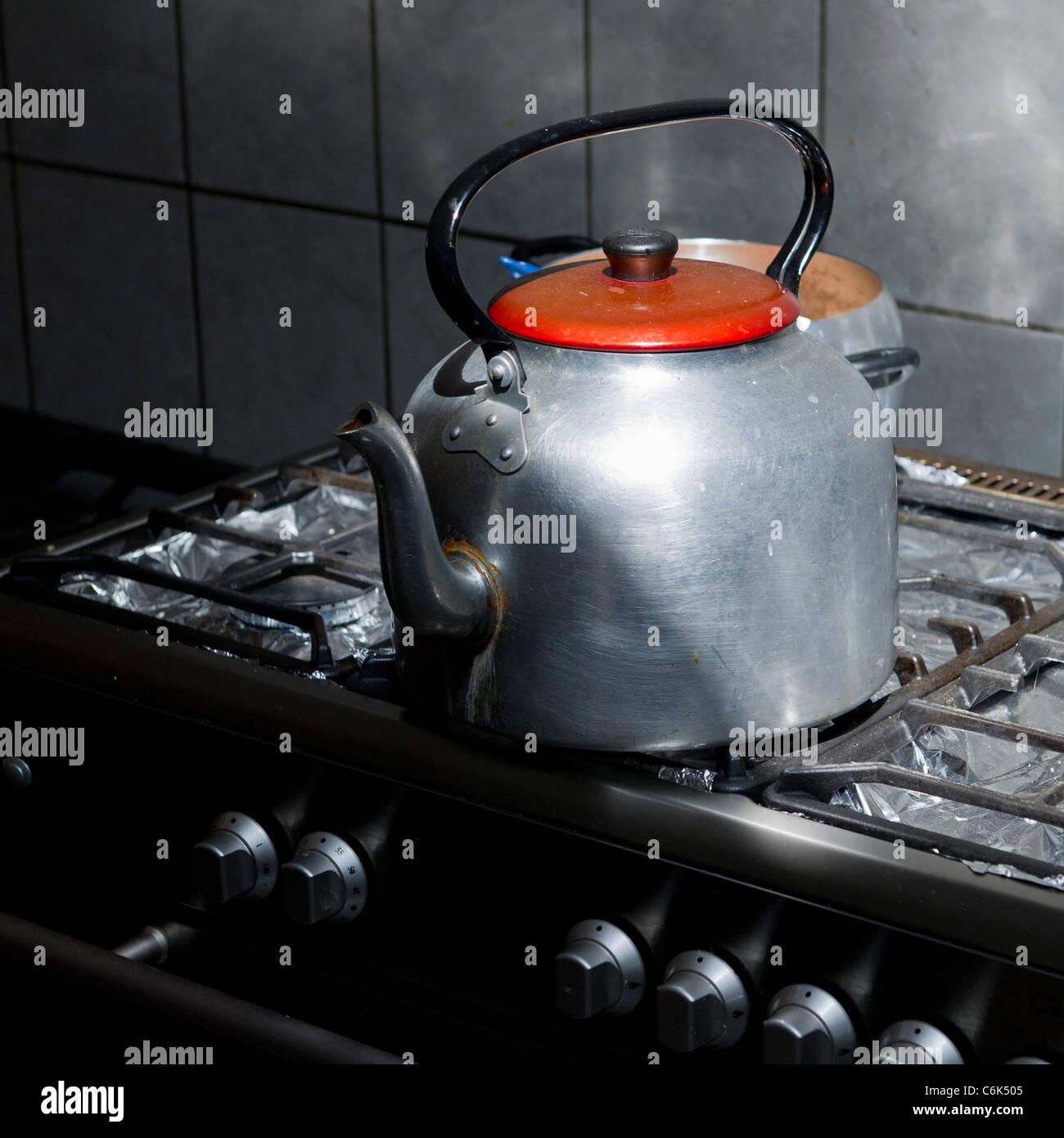 Ziemlich Wasserkocher Ofen Zeitgenössisch - Der Schaltplan - greigo.com