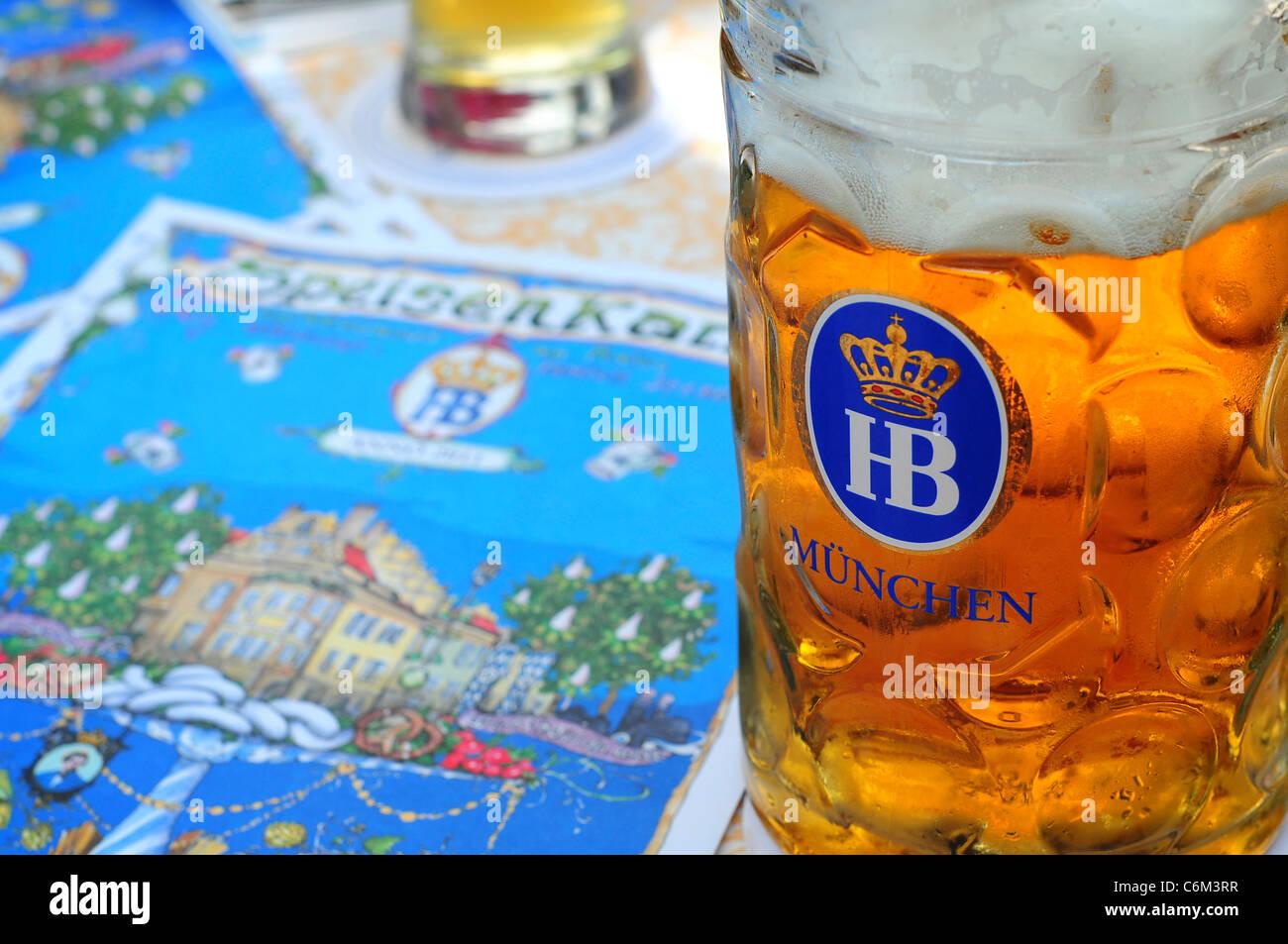 Bierkrug im Hofbräuhaus, München Stockbild