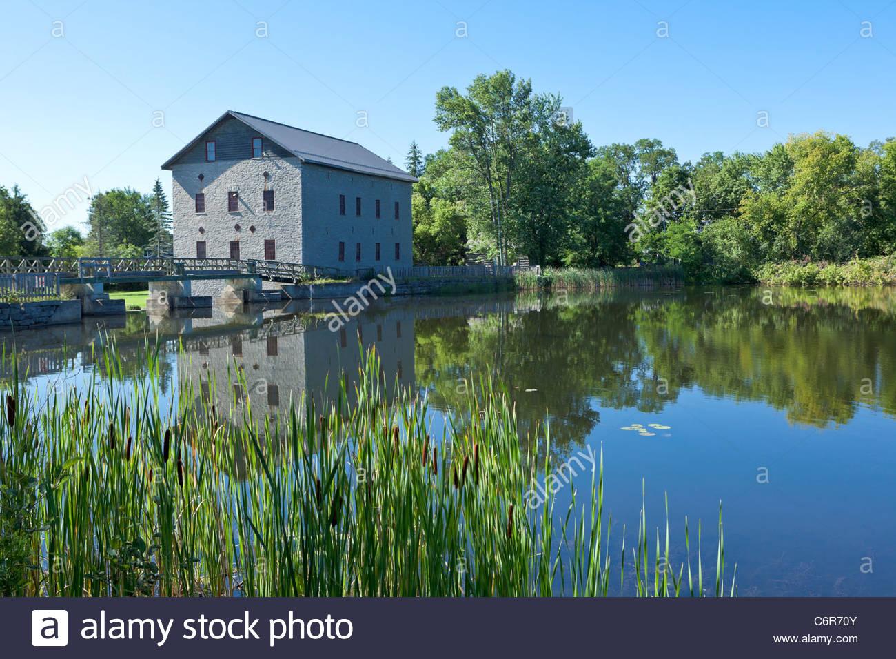 Lang Papierfabrik eine historische Mahlgutmühle jetzt ein Museum auf dem Indian River bei Lang Ontario Canada Stockfoto