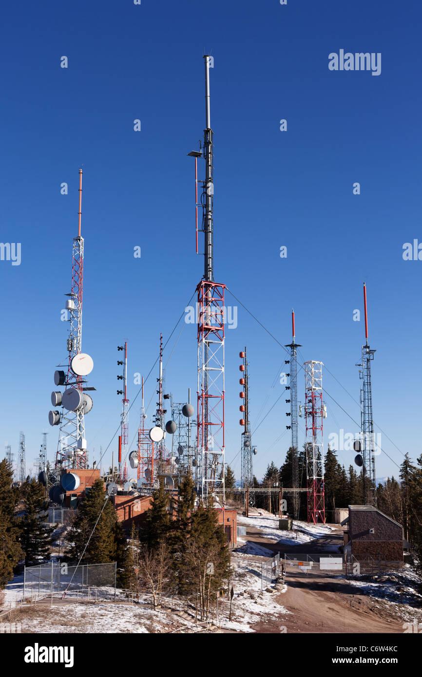 Kommunikation-Türme und Antennen, Sandia Peak, Albuquerque. Stockbild
