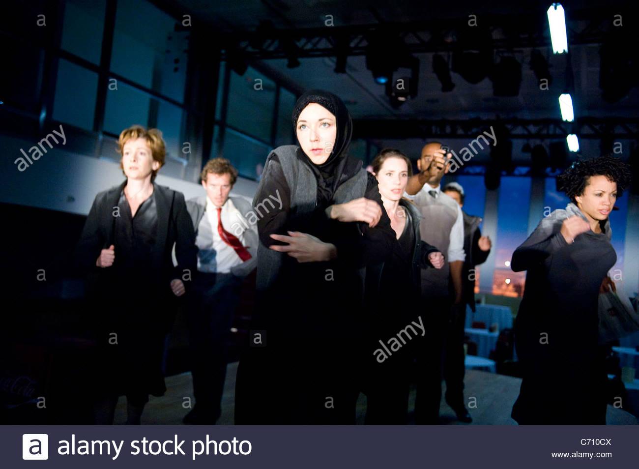 Zehn Jahre. Basierend auf den Ereignissen von 9/11 unter der Regie von Rupert Goold. Öffnet um Ware Kai am Stockbild