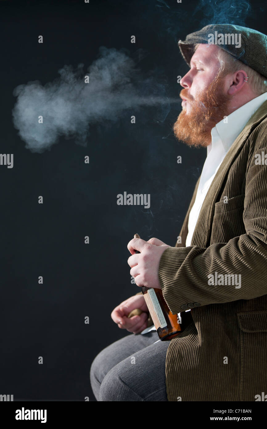 Porträt eines Mannes als Rough around the Edges Charakter. Stockbild