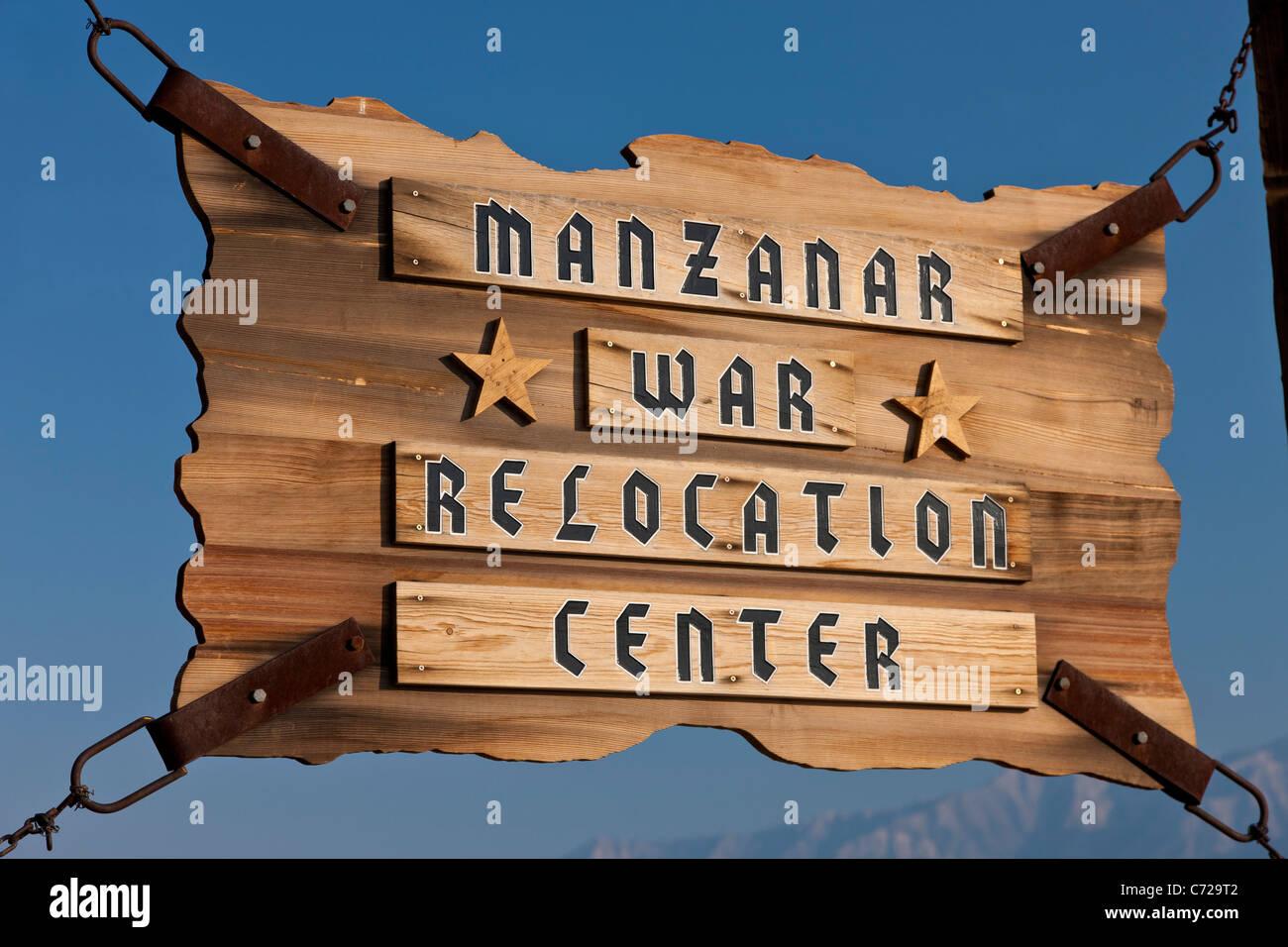 Melden Sie sich am Eingang zum Manzanar War Relocation Center, Unabhängigkeit, Kalifornien, USA. JMH5302 Stockbild