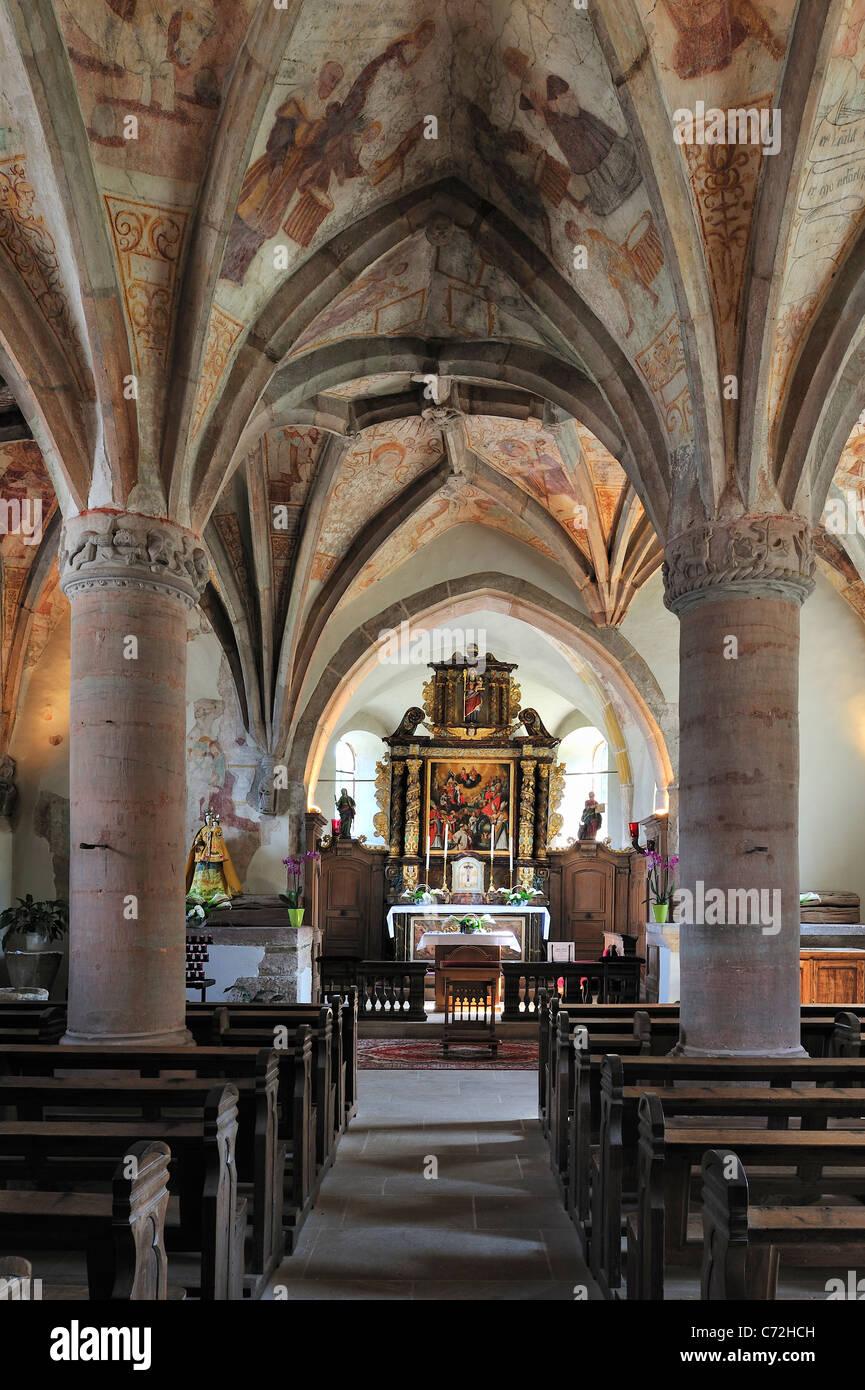 Die Kirche von Rindschleiden / Randschleid, mit Fresken aus dem 15. und 16. Jahrhundert, kleinste Dorf in Luxemburg Stockbild