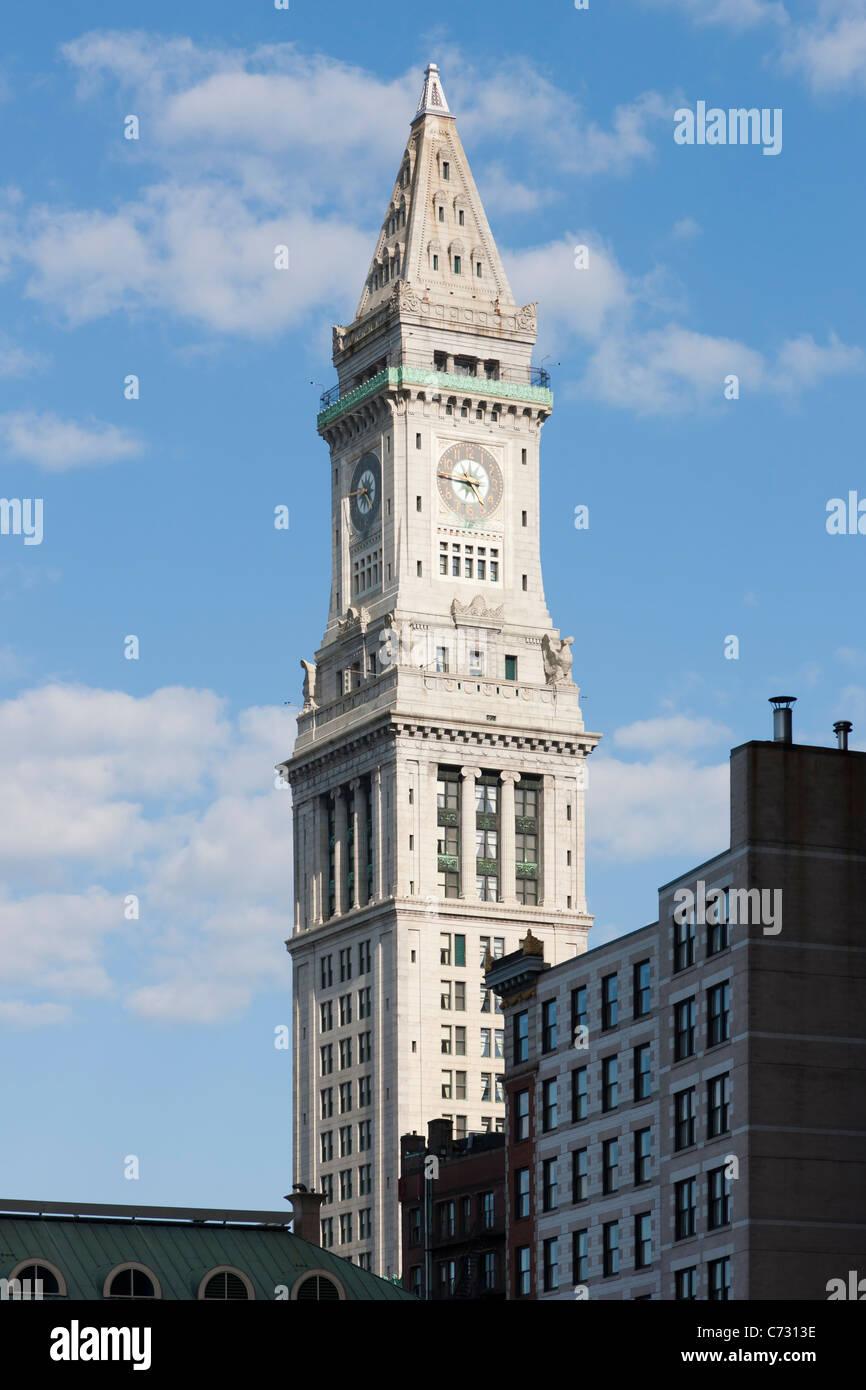 Die Boston Custom House Tower in Boston, Massachusetts. Der Turm, der 1915 abgeschlossen wurde, ist für den Stockbild