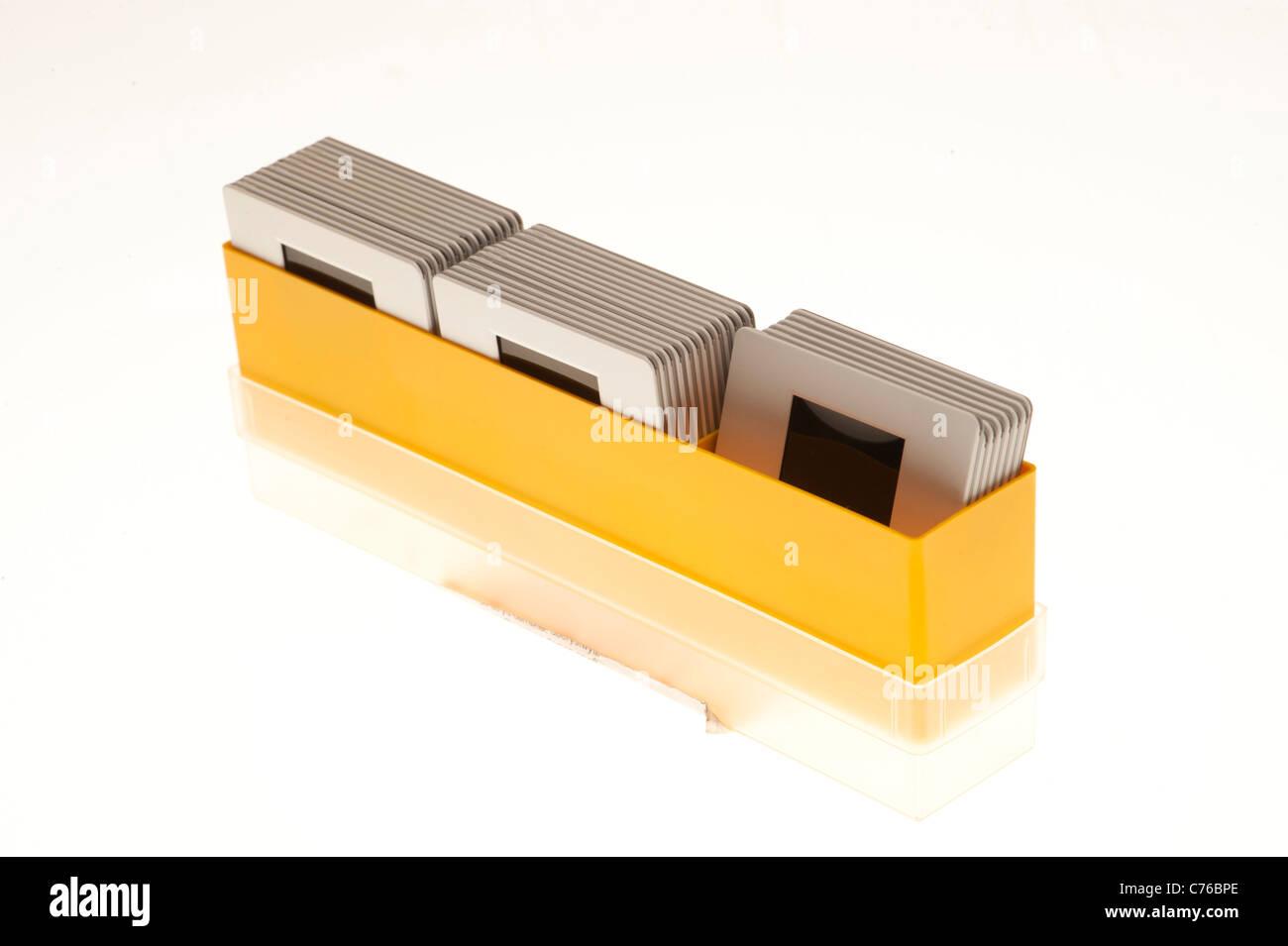 eine Schachtel mit 35mm Film Farbe Folien, E6 Prozess, gerahmte Dias ...