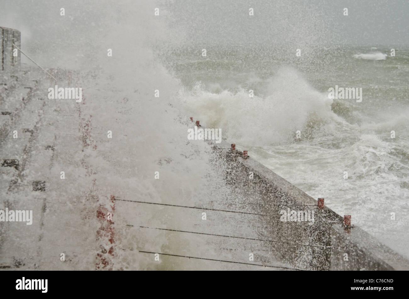 Stürmisches Wetter auf See Abwehr Brighton Stockbild