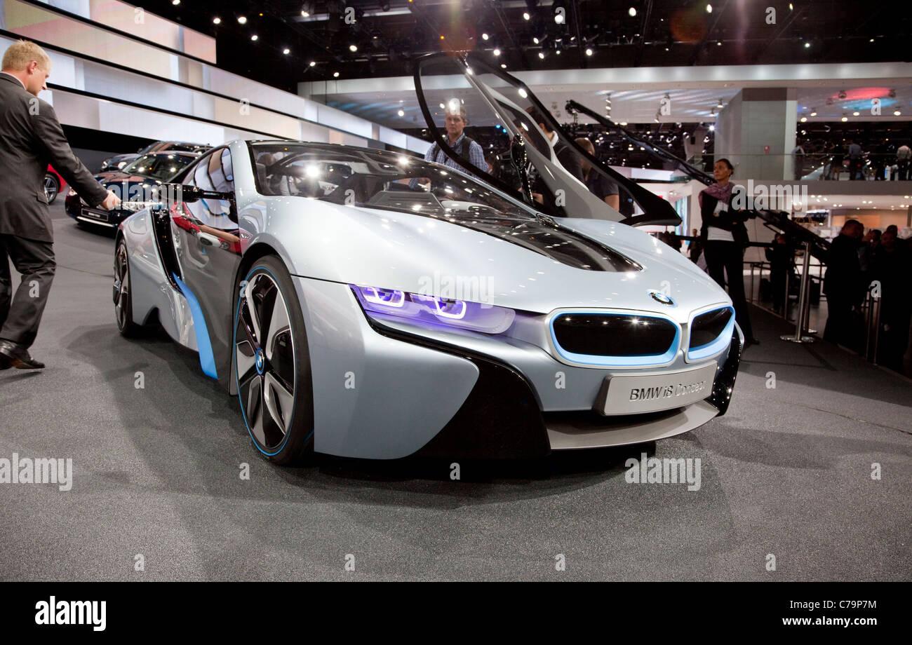 Neue BMW i8 Concept Elektroauto auf der IAA 2011 International Motor Show in Frankfurt Am Main, Deutschland Stockbild