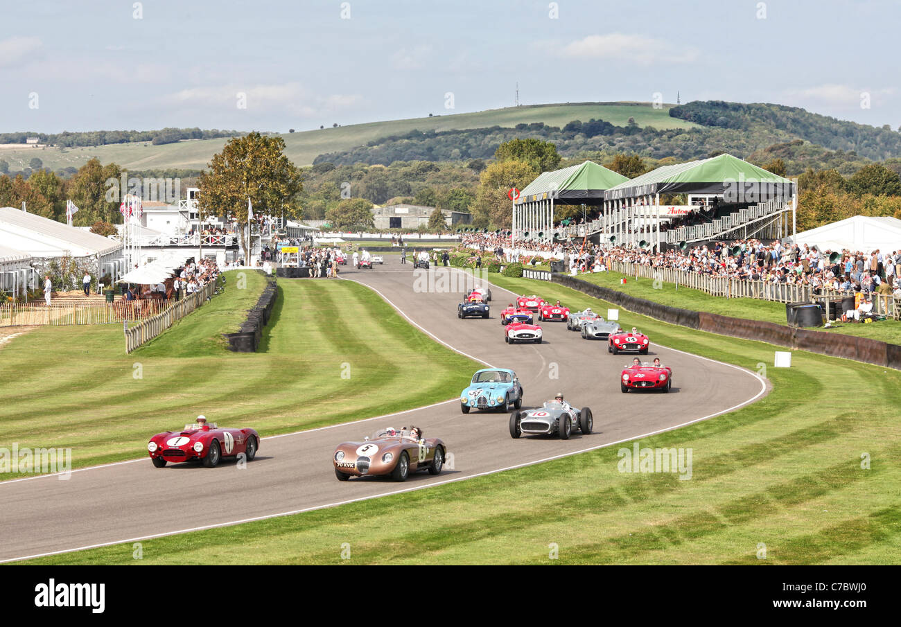 Goodwood Motor Circuit am ersten Tag des Goodwood Revival Meeting 2011. Stockbild