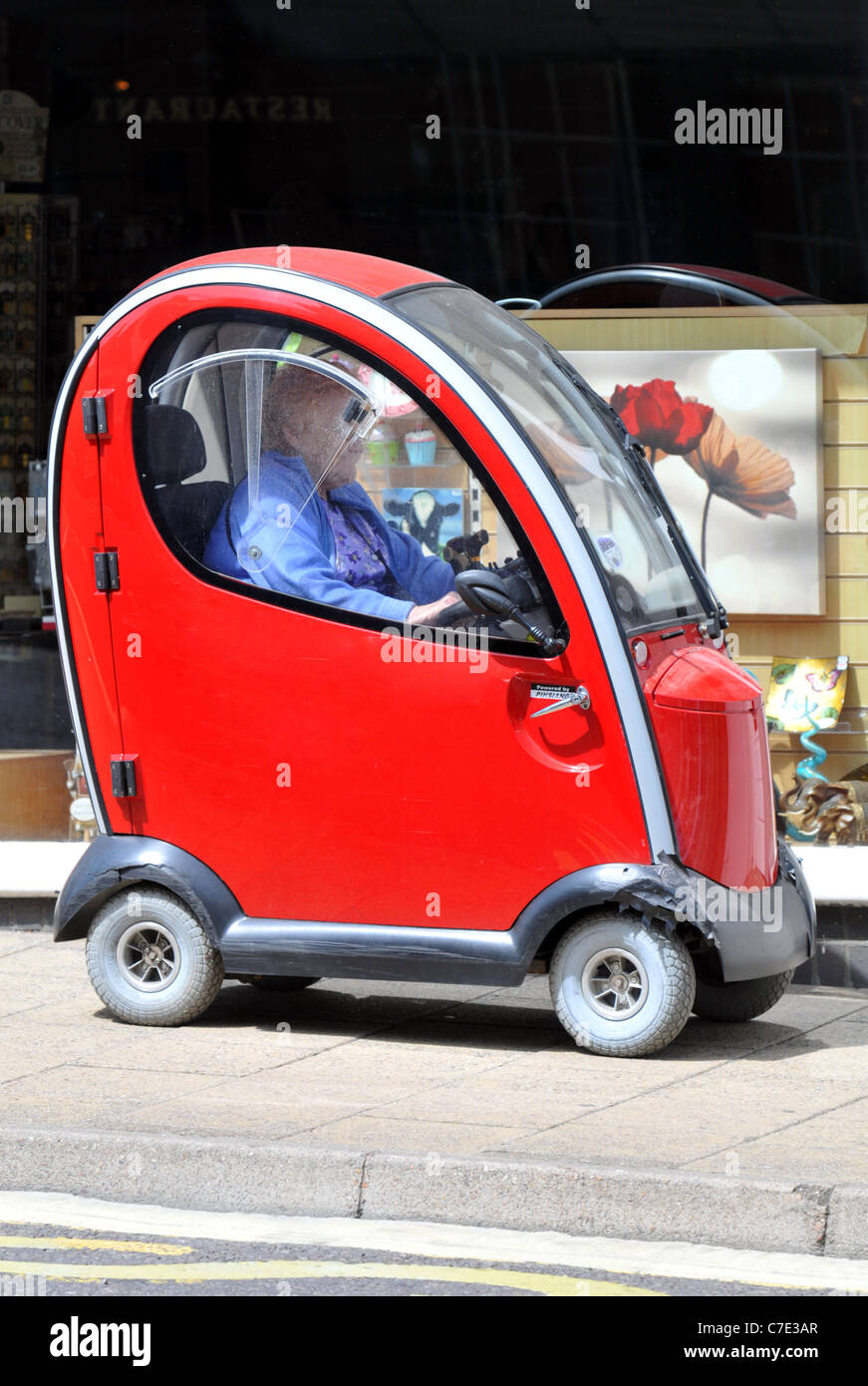 'Mobilität Scooter' UK Stockbild