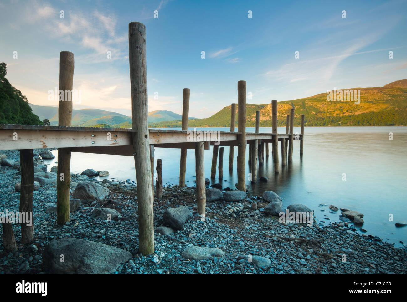Anlegestelle an der Brandelhow Bay, Lake District, Cumbria, UK Stockbild