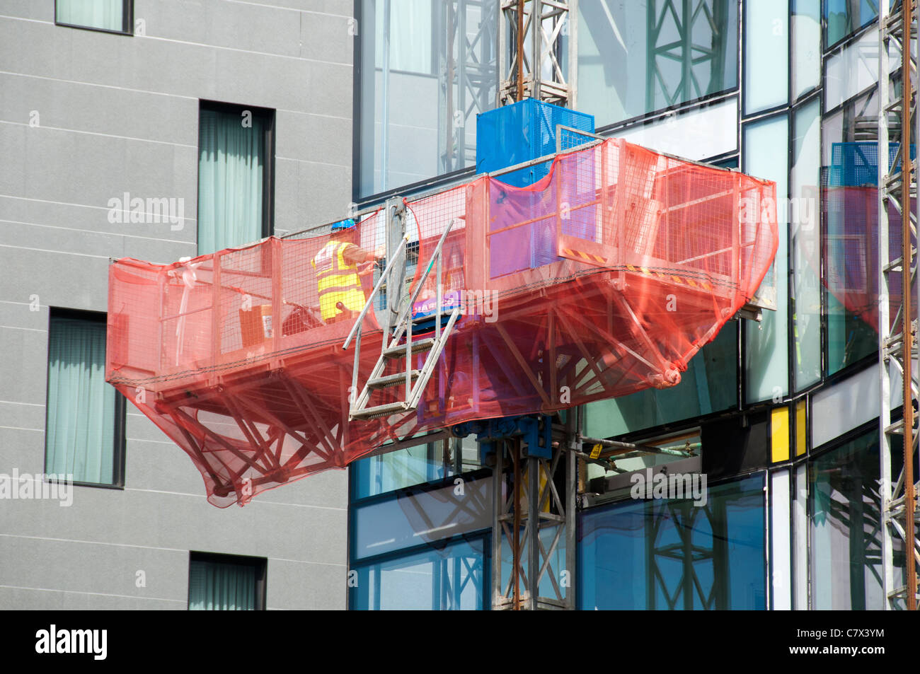 Hotel Under Construction Stockfotos & Hotel Under Construction