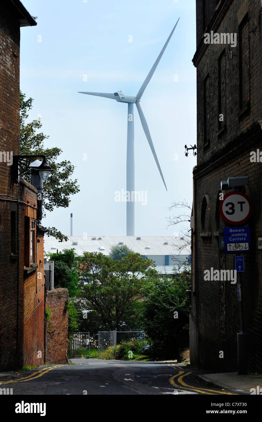 Eine Windkraftanlage bei Lowestoft, Norfolk, England. Stockbild