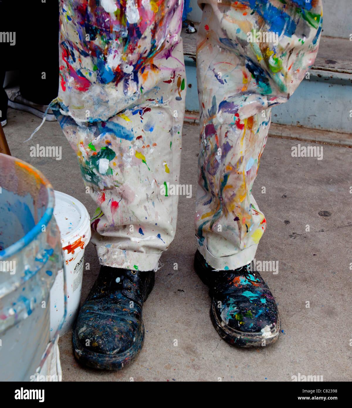 kauf verkauf Outlet-Boutique verkauf uk bunte Maler Hosen und Schuhe Stockfoto, Bild: 39384500 - Alamy