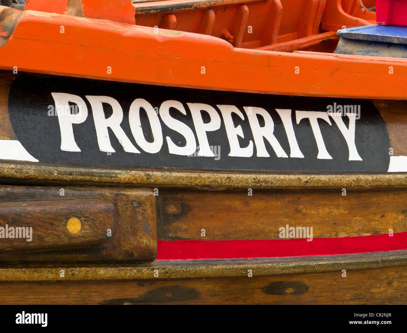 Wohlstand, der Name eines Fischerbootes, Flamborough, North Yorkshire Stockbild