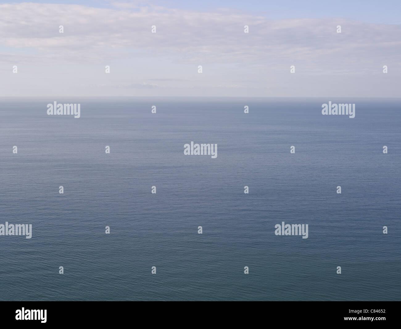 Luftbild von Meer und Horizont Stockbild