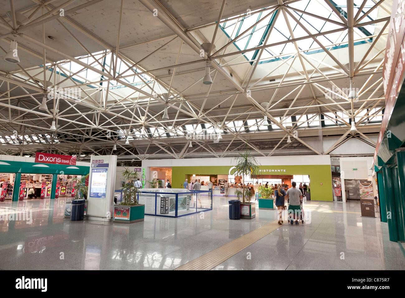 Rom Fiumicino Leonardo da Vinci Flughafen terminal 3 ...